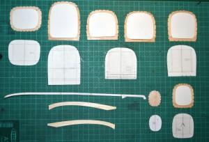 Inner templates in position before cutting the interior of the sections away. Moldes interiores en posición, antes de recortar el interior de las secciones.