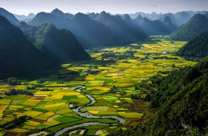 The residents of this valley, situated in the heart of a rural district, greatly depend on agriculture.